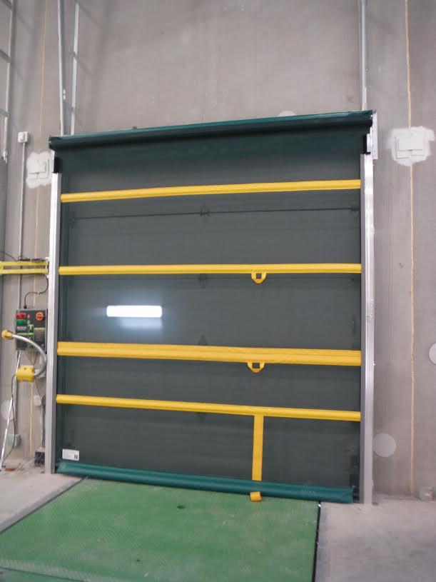 Roll up bug barrier screen door for Screen door with roll up screen